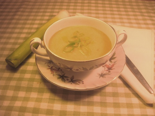 LEEK & POTATO  SOUP recipe